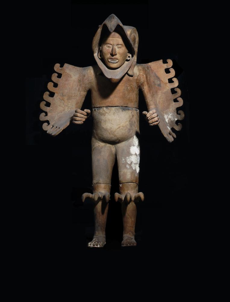 Guerrero Águila Posclásico tardío (1250-1521 d.C.) Cerámica Colección Museo del Templo Mayor, INAH