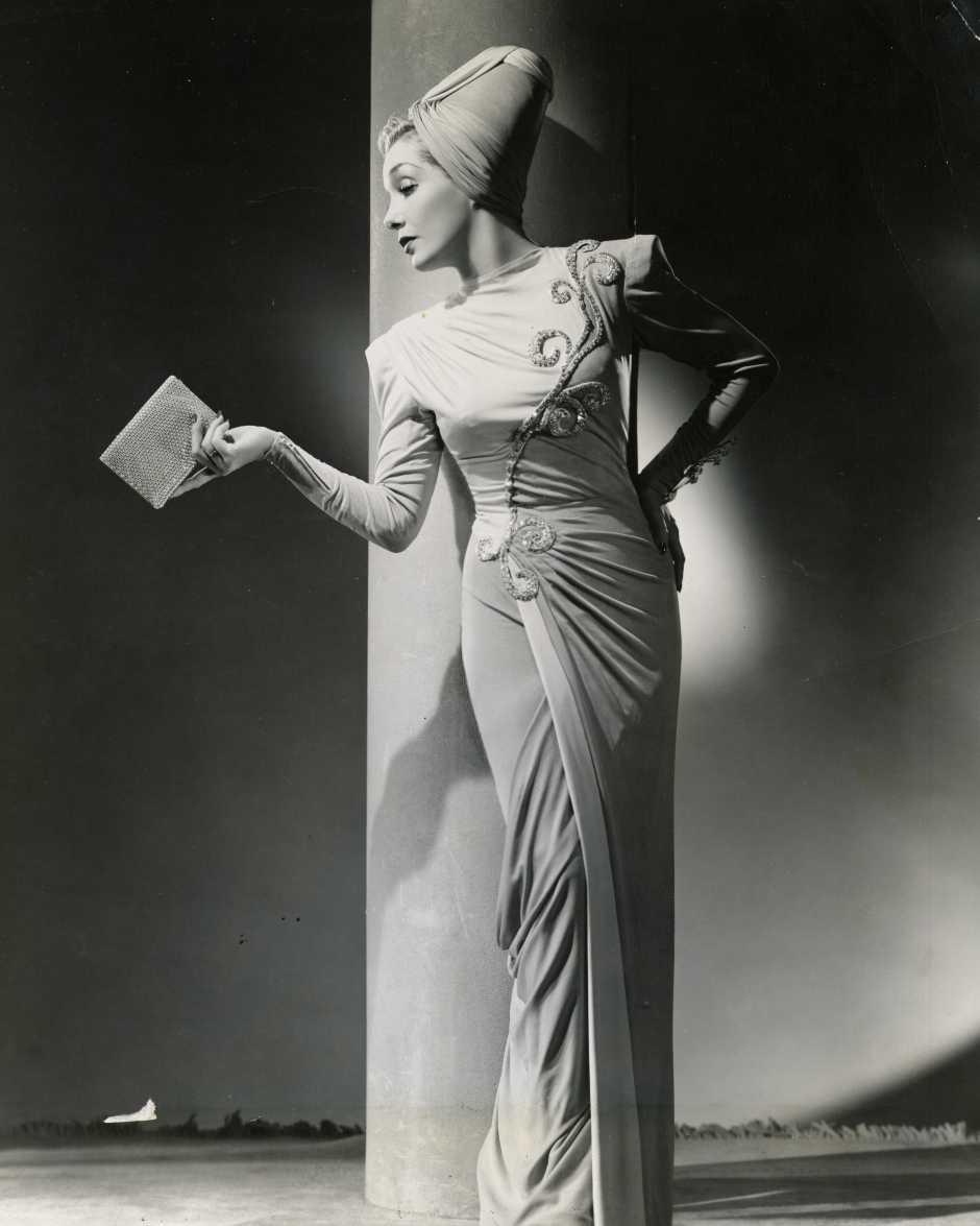 Fotógrafo no identificado. La actriz de origen mexicano Lupe Vélez en un retrato realizado por un fotoestudio de Hollywood, años 1930. Colección fotográfica Carlos Monsiváis. Cortesía Museo del Estanquillo.