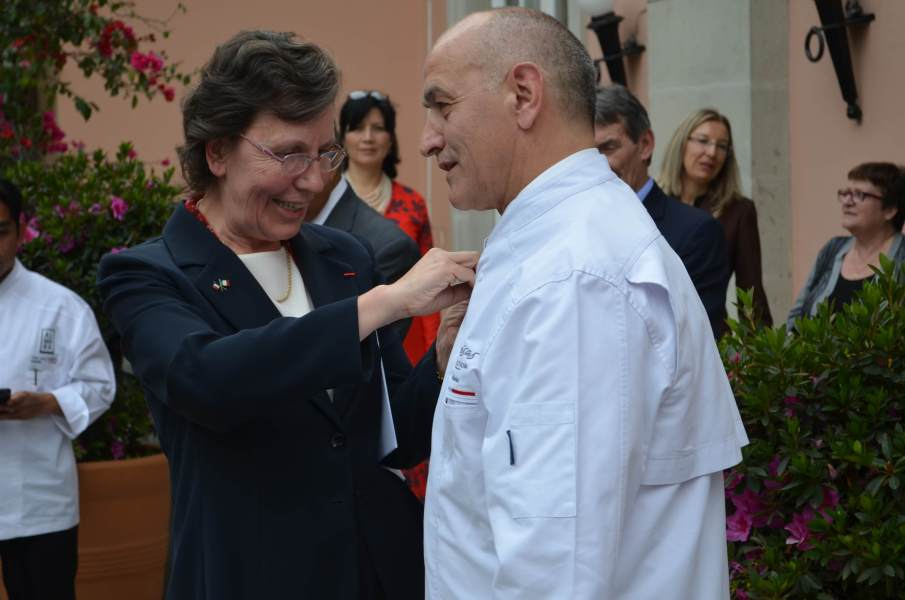 Embajadora y Chef Guy Santoro