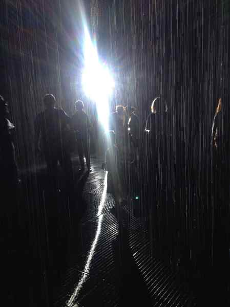 LACMA Rain Room © L´ENFER DES ARTS MAGAZINE