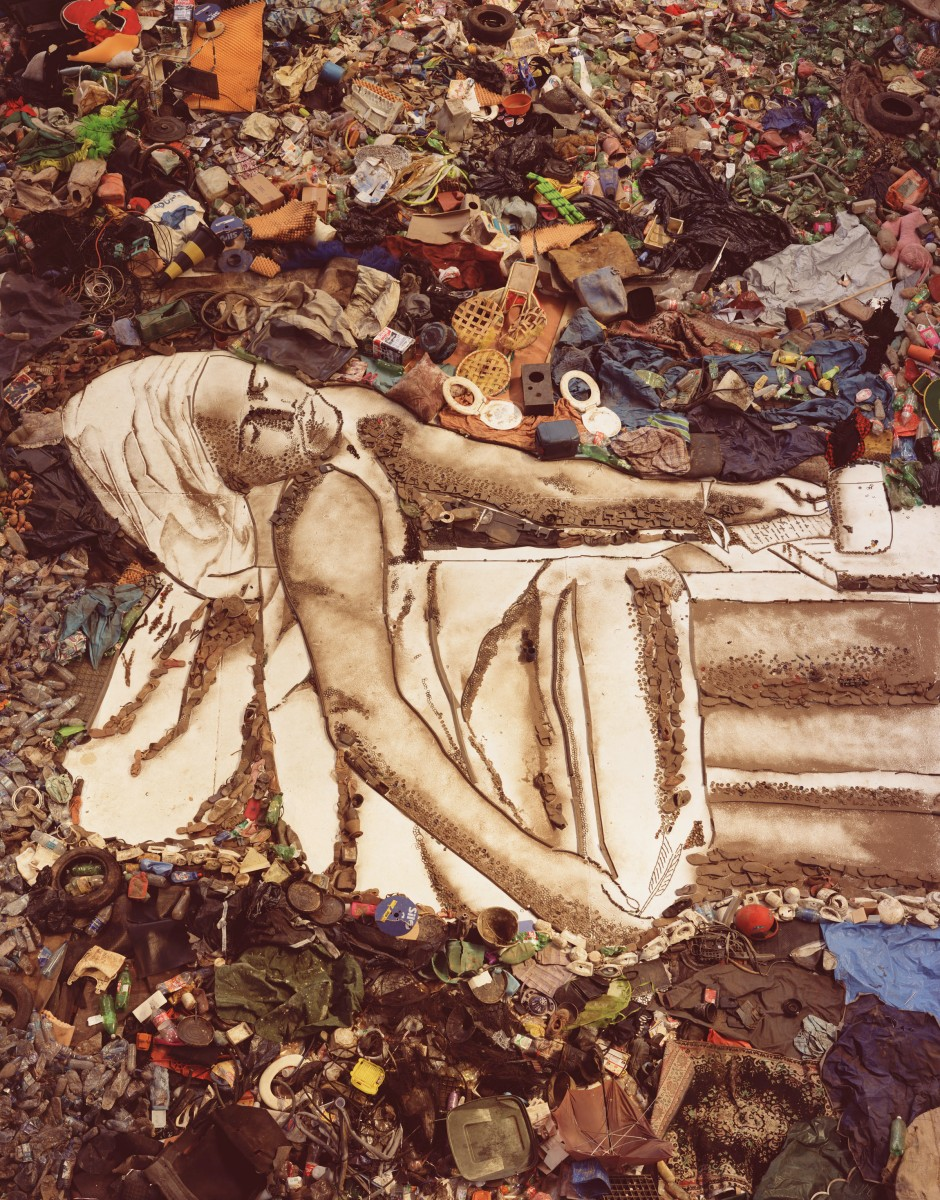 Marat (Sebastião), de Pictures of Garbage, 2008 Impresión cromogénica digital 76.2 x 61 cm © Vik Muniz