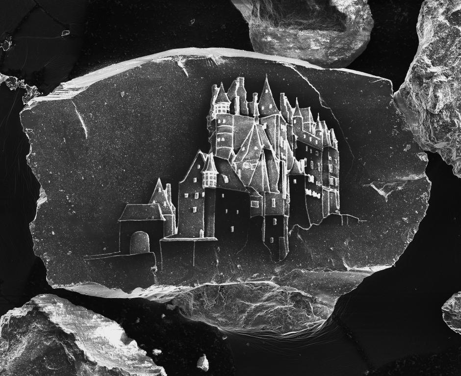 Sand Castle #10, de Sandcastles, 2013 Impresión cromogénica digital 180.3 x 214.6 cm © Vik Muniz